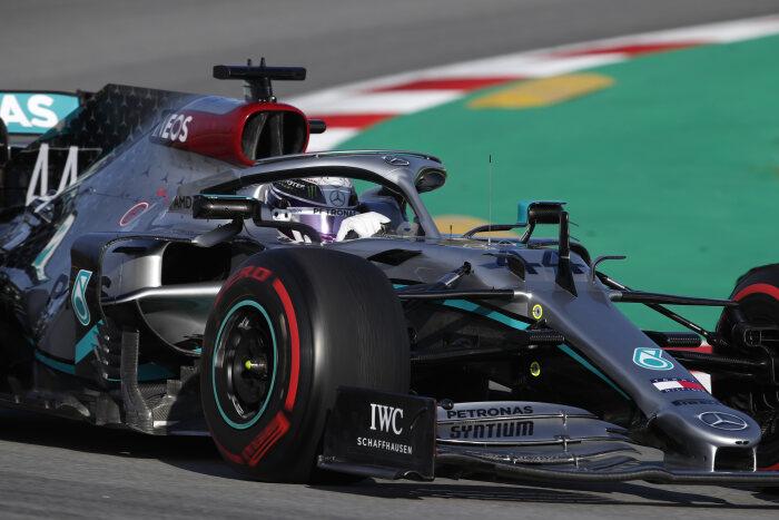 2020-F1-Mercedes-TEST1