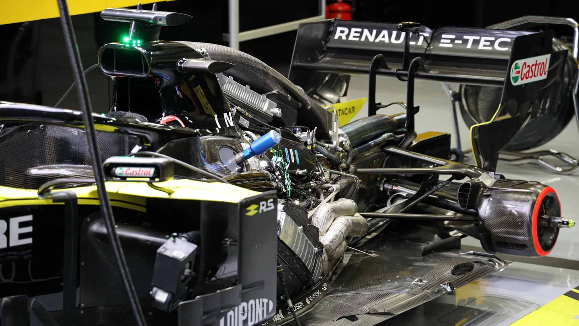 Renault-RS19-F1-engine-under-engine-cover