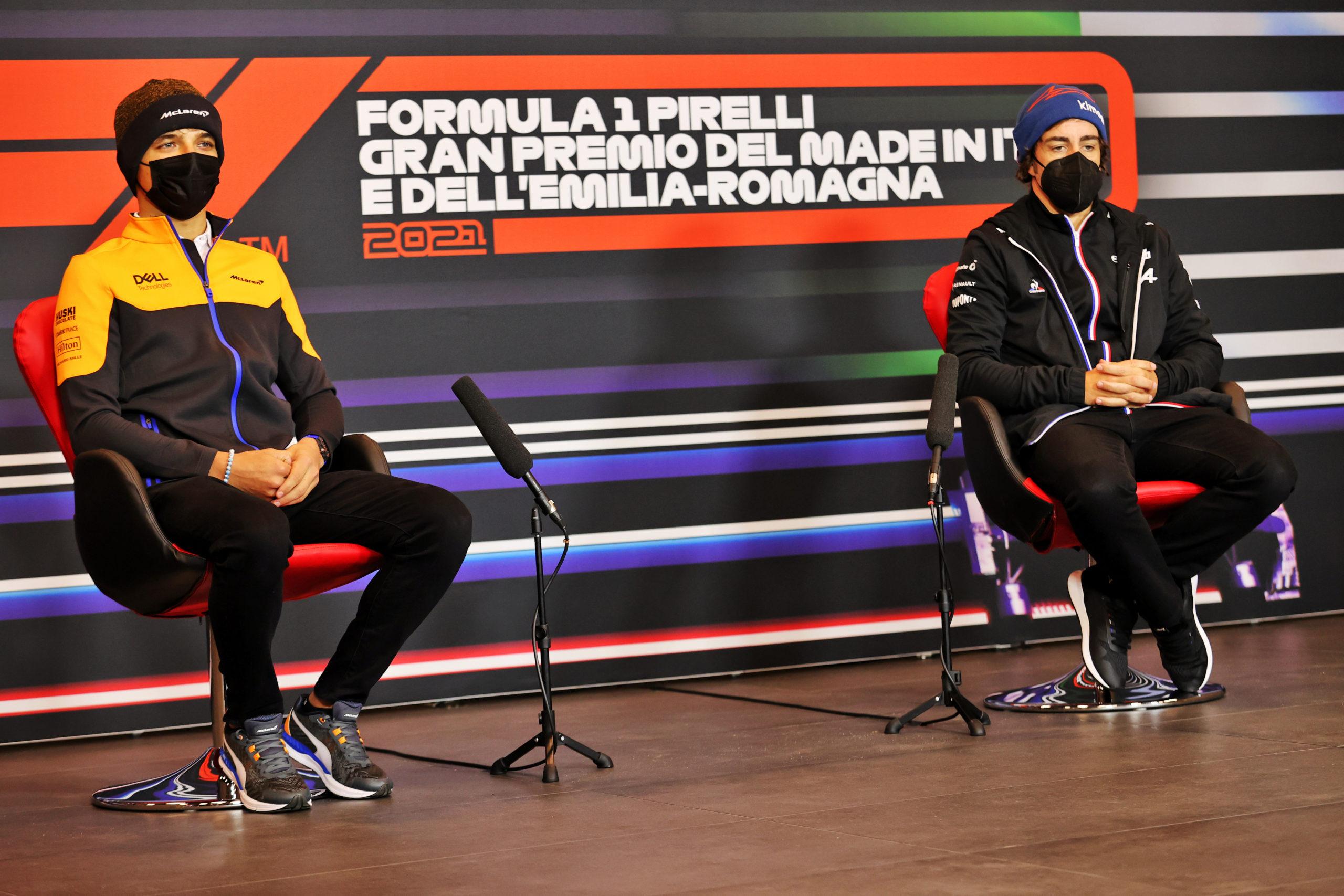 (L to R): Lando Norris (GBR) McLaren and Fernando Alonso (ESP) Alpine F1 Team in the FIA Press Conference. Emilia Romagna Grand Prix, Thursday 15th April 2021. Imola, Italy.